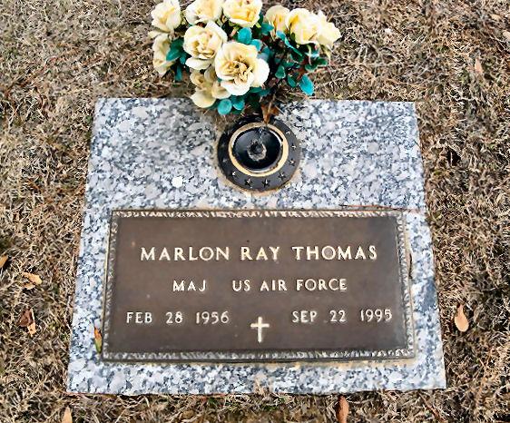 Marlon Thomas gravesite